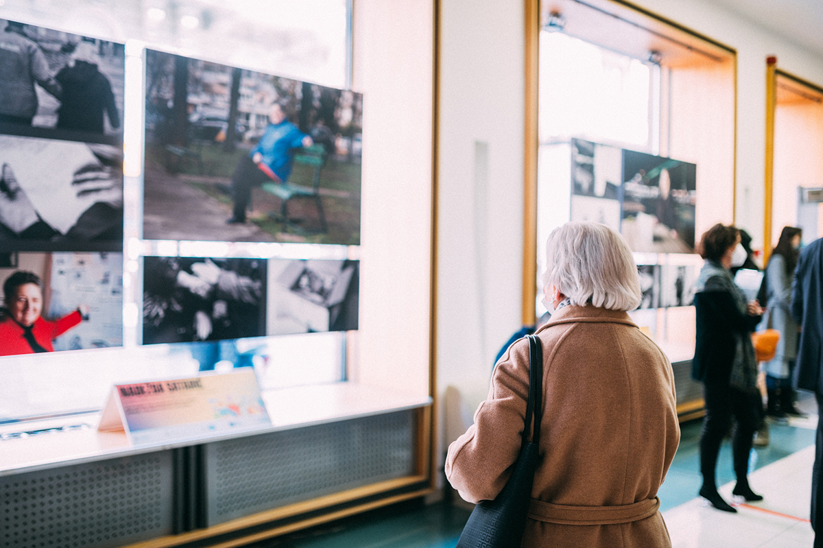 """UN Women opens exhibition """"When the world stopped, they didn't"""""""